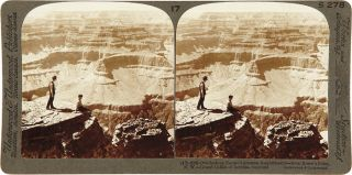THE GRAND CAÑON OF ARIZONA THROUGH THE STEREOSCOPE. THE UNDERWOOD PATENT MAP SYSTEM COMBINED WITH EIGHTEEN ORIGINAL STEREOSCOPIC PHOTOGRAPHS.