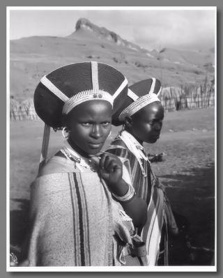 Original Gelatin Silver Print Portrait Photograph of Two Zulu Tribeswomen]. Yousuf Karsh